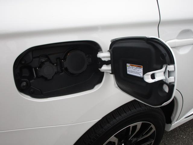 Gセーフティパッケージ 電池残量92パーセント 誤発進抑制機能+パーキングソナー 禁煙車 ワンオーナー クラリオン製メモリーナビ マルチアラウンドモニター レーダークルーズコントロール 横滑り防止機能 衝突被害軽減ブレーキ(69枚目)