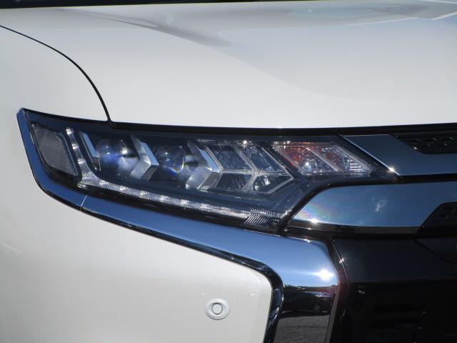 G 電池容量91パーセント 誤発進抑制機能 衝突被害軽減ブレーキ 横滑り防止機能 車線逸脱警報システム ETC2.0 クラリオンナビ フルセグ Bluetooth レーダークルーズコントロール 1オーナー(36枚目)