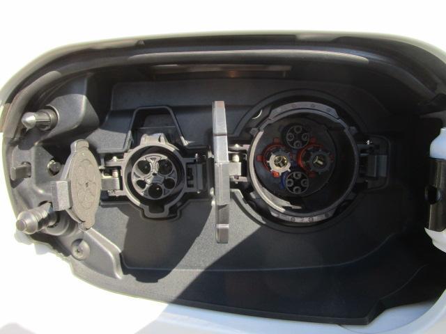 G 電池容量91パーセント 誤発進抑制機能 衝突被害軽減ブレーキ 横滑り防止機能 車線逸脱警報システム ETC2.0 クラリオンナビ フルセグ Bluetooth レーダークルーズコントロール 1オーナー(46枚目)