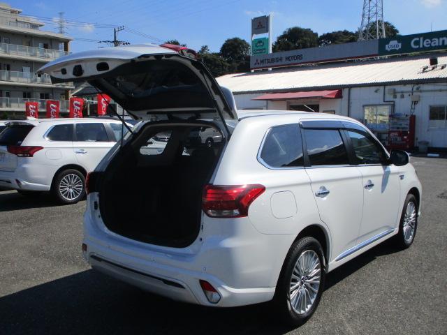 G 電池容量91パーセント 誤発進抑制機能 衝突被害軽減ブレーキ 横滑り防止機能 車線逸脱警報システム ETC2.0 クラリオンナビ フルセグ Bluetooth レーダークルーズコントロール 1オーナー(47枚目)
