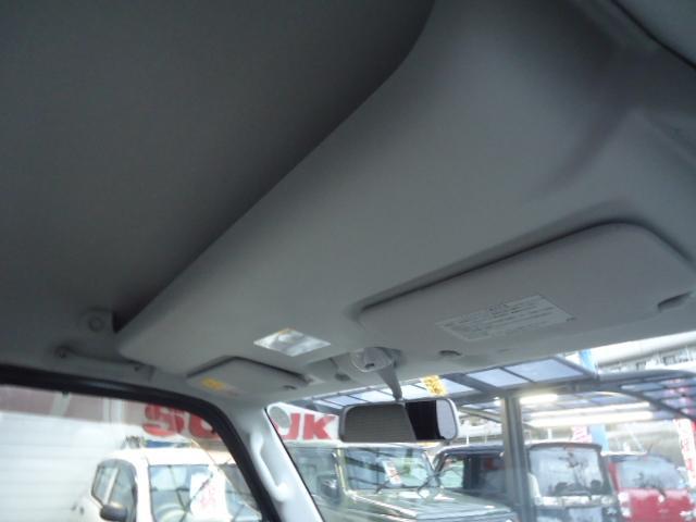 ブラボー パートタイム4WD 5オートマ 2nd発進 走行13.500km 純正CDコンポ 電動格納ミラー キーレス ラバーマット ドアバイザー 禁煙(15枚目)