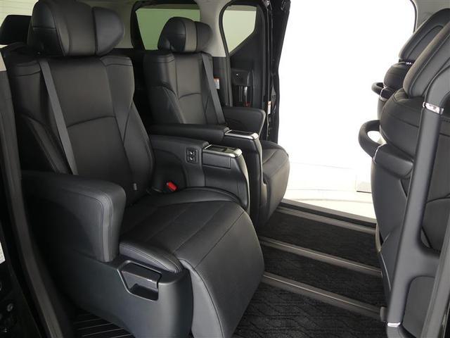 2.5Z Gエディション サポカーS メモリーナビ・フルセグTV パノラミックビューモニター スマートキー 後席モニター LEDヘッドライト ETC クルーズコントロール オートエアコン 合成皮革シート 両側電動スライドドア(8枚目)