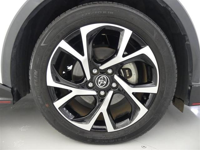 【タイヤ4本新品】・・・納車前整備時に4本新品に交換します。消耗品ですが高価なのがこのタイヤ・・・!このクルマ、お得ですよ♪