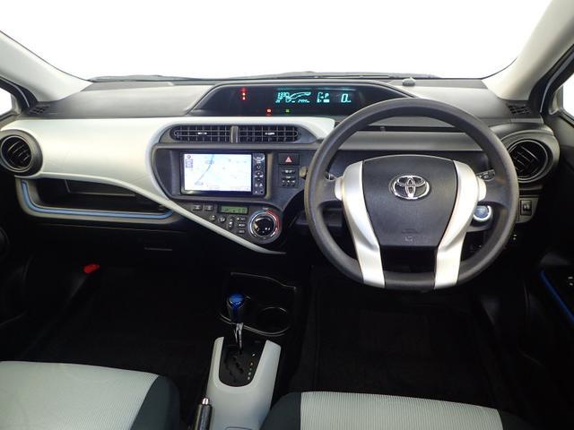 トヨタ アクア S ETC メモリーナビ タイヤ4本交換
