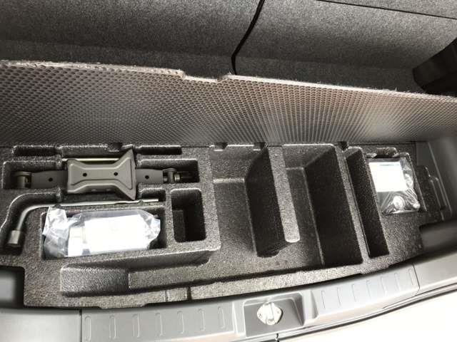 S ワンオーナー車 タイヤ2本交換 社外メモリーナビ(18枚目)