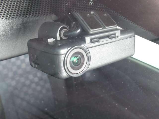 ハイウェイスター Gターボプロパイロットエディション プロパイロット・ターボ・アラウンドビューモニター・ドライブレコーダー・エマージェンシーブレーキ・踏み間違い防止アシスト・ETC2.0・DVD再生・9インチナビ・インテリジェントキー・試乗車UP(7枚目)