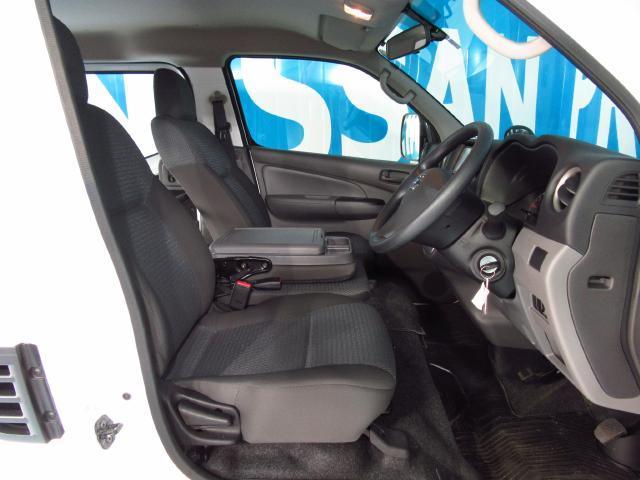 日産 NV350キャラバンバン 1.2t DX 低床 ロング