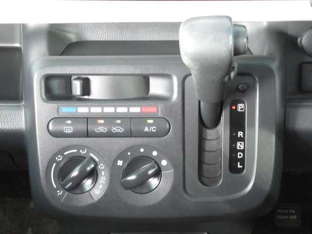 S アイドリングストップ 660 S アイドリングストップ CD・バックカメラ・プラスチックバイザー(6枚目)