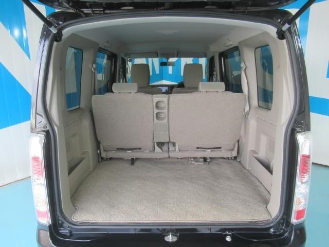 広い荷物スペース、レジャーにもビジネスにも活躍します。