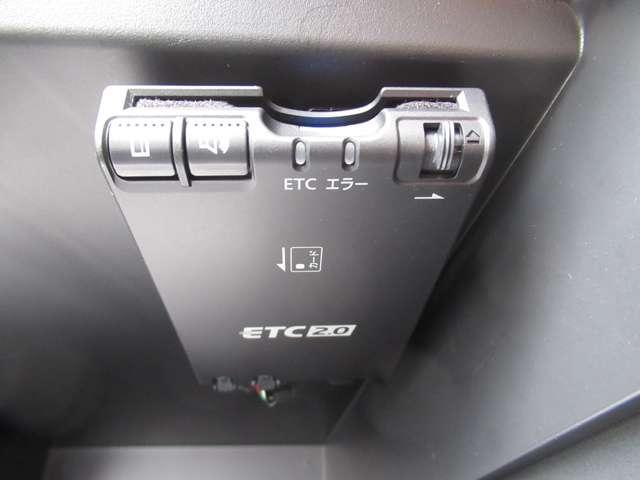 1.2 e-POWER X ブラックアロー Mナビ+Bカメラ+ドラレコ+ETC2.0 試乗車(9枚目)