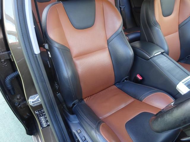 クロスカントリー T5 AWD SE 禁煙車 インテリセーフ 本革シート パワーバックドア(16枚目)