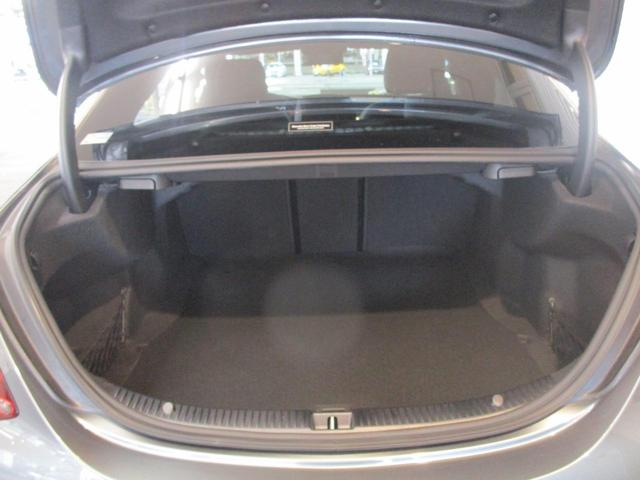 C43 4マチック 本革シート レーダーP 弊社デモカー(7枚目)