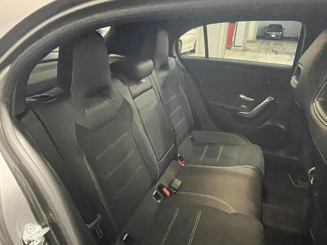 A180 エディション1 レーダーセーフティパッケージ 360度カメラシステム 障害物センサー 認定中古車 限定車 禁煙車(7枚目)