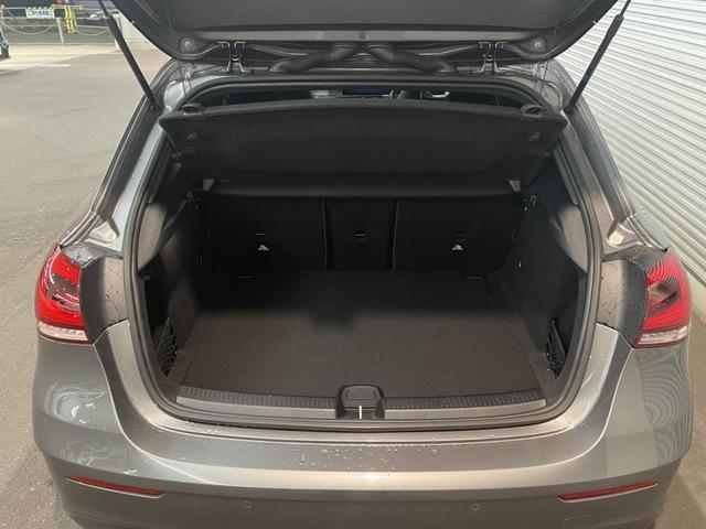A180 エディション1 レーダーセーフティパッケージ 360度カメラシステム 障害物センサー 認定中古車 限定車 禁煙車(8枚目)