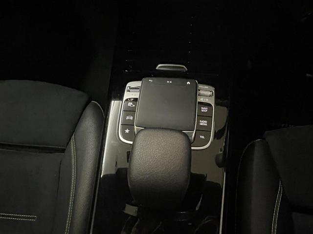A180 エディション1 レーダーセーフティパッケージ 360度カメラシステム 障害物センサー 認定中古車 限定車 禁煙車(14枚目)