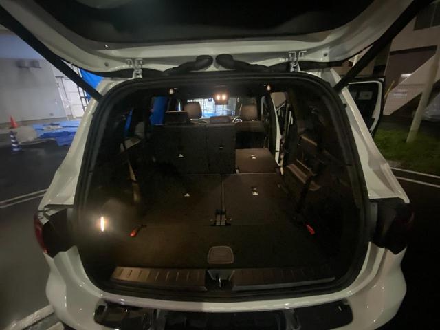 GLB200d レーダーセーフティパッケージ/ナビゲーションパッケージ/シートヒーター/メモリー付パワーシート/MBUX/電動リアゲート/360°カメラ/パークトロニック/フットトランクオープナー/認定中古車(7枚目)