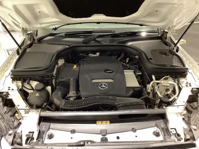 GLC250 4マチックスポーツ(本革仕様) 認定中古車 本革 スライディングルーフ レーダーセーフティパッケージ 全方位カメラ ヒートヒーター メモリー付き電動シート フットトランクオープナー 純正ナビ 禁煙(8枚目)
