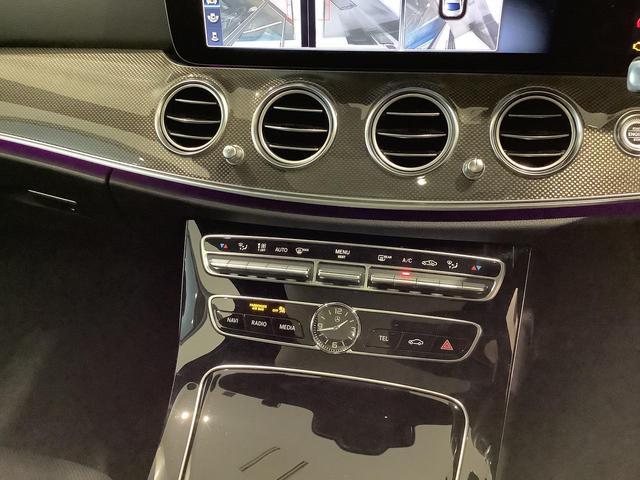 E43 4マチック エクスクルーシブパッケージ/パノラミックスライディング/ヘッドアップディスプレイ/シートヒーター/シートベンチレーター/Rエアコン/360°カメラ/リモートパーキングアシスト/レーダーセーフティPKG(16枚目)