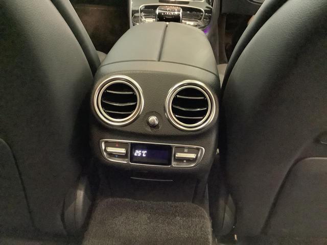 E43 4マチック エクスクルーシブパッケージ/パノラミックスライディング/ヘッドアップディスプレイ/シートヒーター/シートベンチレーター/Rエアコン/360°カメラ/リモートパーキングアシスト/レーダーセーフティPKG(23枚目)