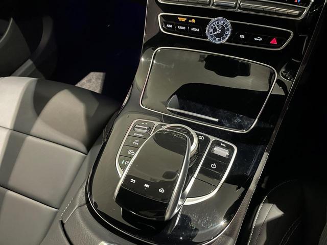 E300 アバンギャルド スポーツ デジーノピアノラッカーウッド/レーダーセーフティパッケージ/本革ナッパレザー/シートヒーター/メモリー付電動シート/禁煙車/19AW(14枚目)