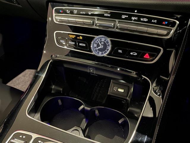 E300 アバンギャルド スポーツ デジーノピアノラッカーウッド/レーダーセーフティパッケージ/本革ナッパレザー/シートヒーター/メモリー付電動シート/禁煙車/19AW(15枚目)