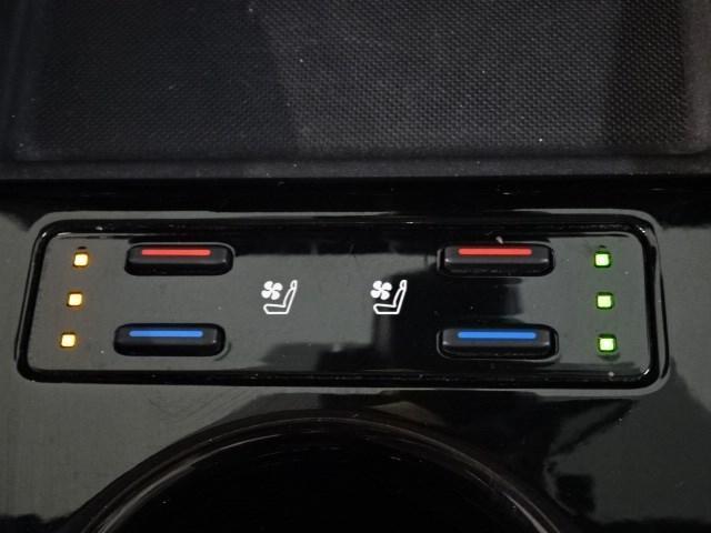 Aプレミアム ツーリングセレクション 衝突軽減システム 踏み間違え防止装置 走行距離18215km ワンオーナー スマートキー メモリーナビ バックガイドカメラ ETC LEDヘッドランプ シートヒーター シートクーラー AC100V電源(14枚目)