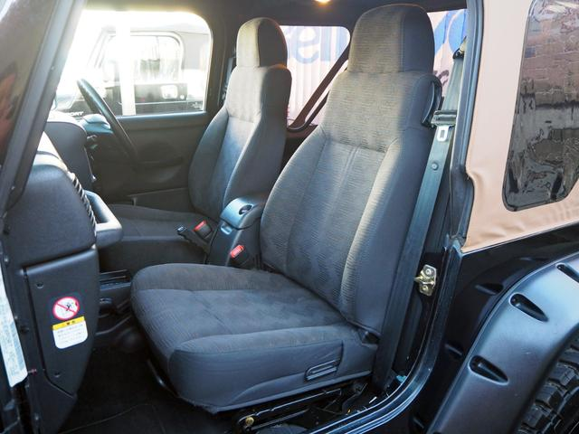 「その他」「クライスラージープ ラングラー」「SUV・クロカン」「東京都」の中古車16