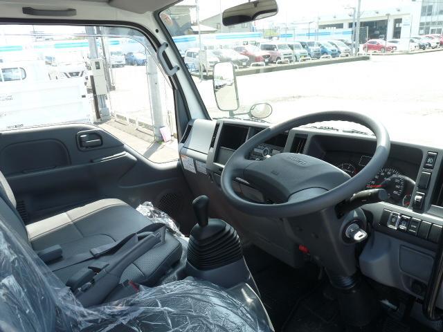 いすゞ エルフトラック SG強化ダンプ全低床2t