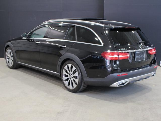E220d 4マチック オールテレイン MB認定2年保証 エクスクルーシブPKG 黒本革シート(9枚目)