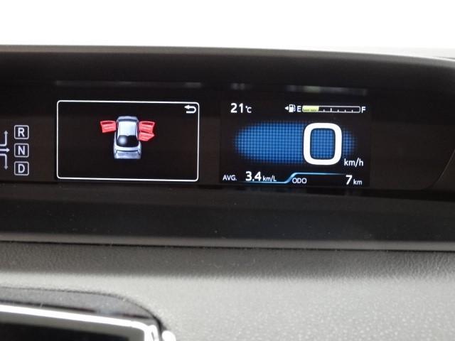 トヨタ プリウス Sセーフティプラス・LED・登録済未使用車