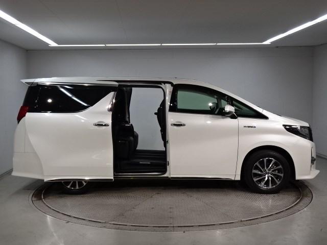 分割払いを希望されるお客様へは、トヨタクレジットお勧めします。 審査と手続きがとても簡単! 無理のない月々の支払い金額や回数で、欲しかったお車の購入を是非ご検討ください。