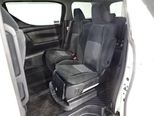 SサイドリフトUPシー 4WD TC9インチナビ フルセグTV バックカメラ ETC DVD再生機能 サイドリフトアップ 両側電動スライドドア スペアタイヤ LEDヘッドライト スマートキー イモビライザー(12枚目)