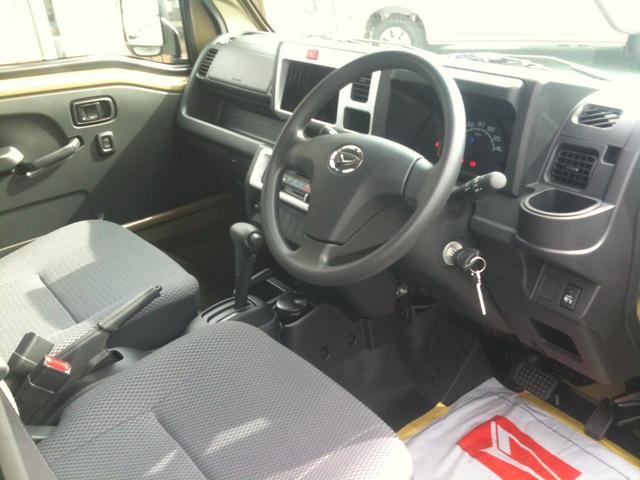ダイハツ ハイゼットトラック ジャンボ 4WD 4速オートマ 仕様変更後LEDヘッドランプ