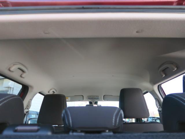 天井高もあり、大人の方が乗車しても意外と余裕があります。
