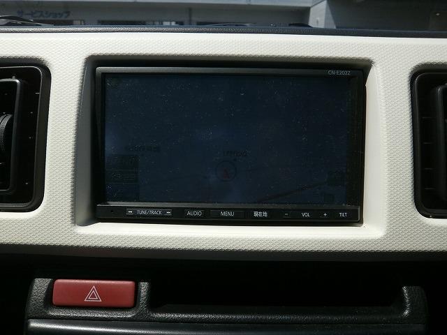 VP バンタイプ 5速オートギアシフト 運転席エアバッグ エアコン パワステ キーレスエントリー ETC車載器 6インチカーナビゲーション(4枚目)