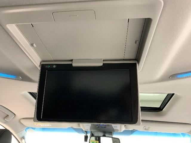 2.5S Cパッケージ 7人乗り 衝突軽減S SDナビ フルセグ バックカメラ 後席TV ムーンルーフ 両側電動スライドドア パワーバックドア ドライブレコーダー ETC2.0 AC100V LEDヘッドライト スマートキー(4枚目)