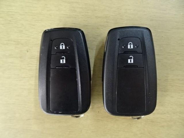 Sセーフティプラス 衝突軽減S SDナビゲーション ワンセグ バックカメラ LEDヘッドライト スマートキー(16枚目)