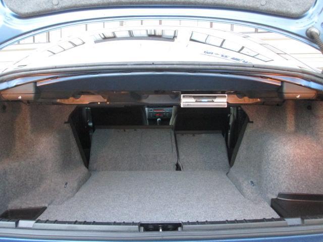 BMW BMW 318i Mスポーツ リミテッド