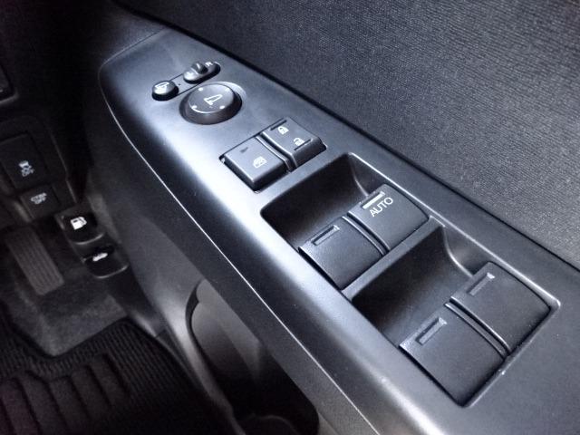 G ターボSSパッケージ ワンオーナー 禁煙車 両側電動スライド SDナビ バックカメラ ETC フルセグ ナビ&TV USB Bluetooth HIDライト Aストップ 車間維持クルコン スマートキー プッシュスタート(17枚目)