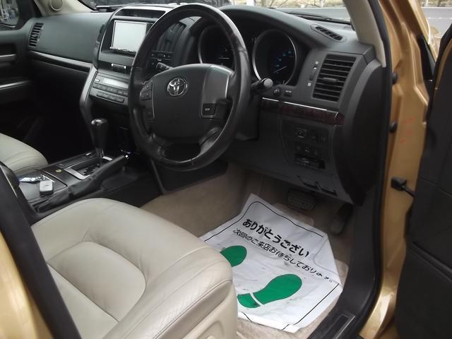 トヨタ ランドクルーザー AX Gセレクション 本革 現行ルック HDD 22インチ