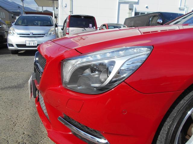 SL350 AMGスポーツPKG 左ハンドル 黒レザー レーダーセーフティー マジックスカイルーフ 純正HDDナビ&地デジTV TVキャンセラー キーレスゴー AMGエアロ&19インチアルミ(6枚目)