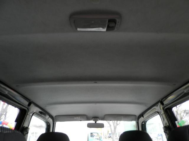 ターボG ターボ4WD5速マニュアル純正13インチアルミホイール電動格納ミラーフォグランプ衝突安全ボディーフルフラットシートWエアバックABSサイドバイザーベンチシート純正フロアマットフル装備パワーステアリング(20枚目)