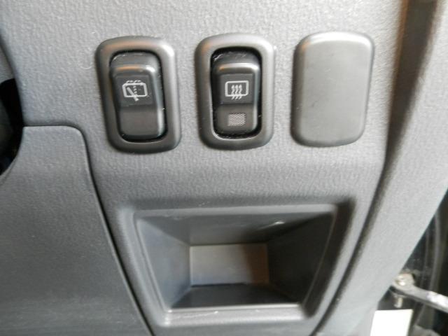 ターボG ターボ4WD5速マニュアル純正13インチアルミホイール電動格納ミラーフォグランプ衝突安全ボディーフルフラットシートWエアバックABSサイドバイザーベンチシート純正フロアマットフル装備パワーステアリング(21枚目)