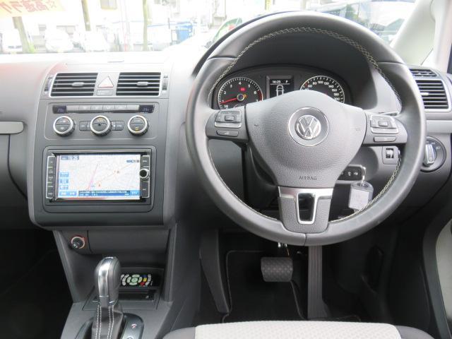 フォルクスワーゲン VW ゴルフトゥーラン クロストゥーラン ターボSC 純正ナビ フリップダウン