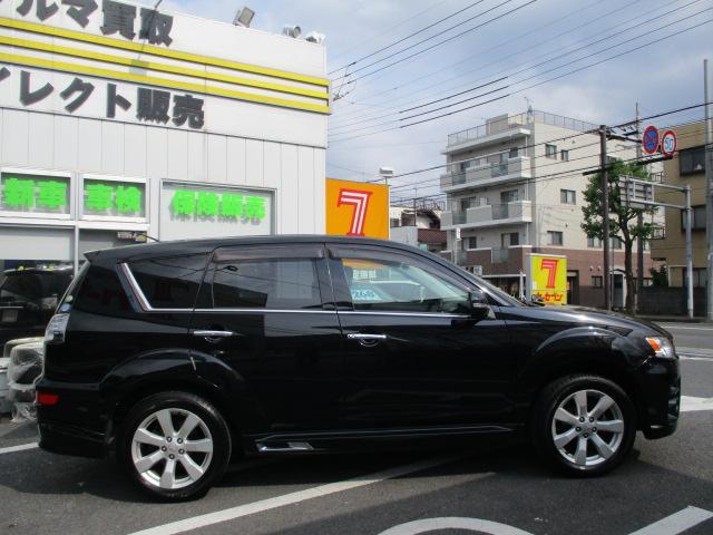 ローデスト24G 1オーナー 4WD 7人乗 ナビTV(4枚目)