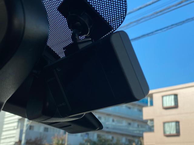 ハイウェイスター Gターボ 1オーナー 純正SDナビ フルセグTV アラウンドビューカメラ LEDライト ドライブレコーダー アイドリングストップ スマートキー2個 フロントクラリオンスピーカー エマージェンシーブレーキアシスト(9枚目)
