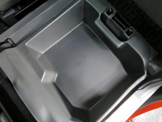 トヨタ ピクシスメガ GターボSAII 新品ナビ両側パワスラLEDランプ1オーナー