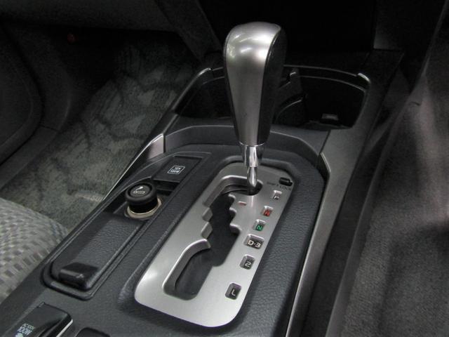 SSR-Xリミテッド サンルーフ・ナビ地デジETC・ルーフレール・カーボンラッピンググリル・パワーシート・USB・Bluetooth(18枚目)