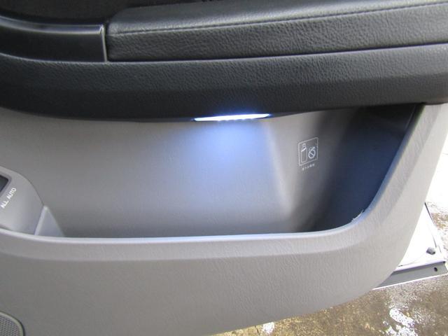SSR-Xリミテッド サンルーフ・ナビ地デジETC・ルーフレール・カーボンラッピンググリル・パワーシート・USB・Bluetooth(37枚目)