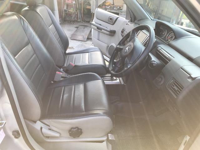 Stt 4WD HDDナビ フルセグTV ETC DVD再生 シートヒーター HID 記録簿付き スマートキー 16インチアルミホイール(13枚目)